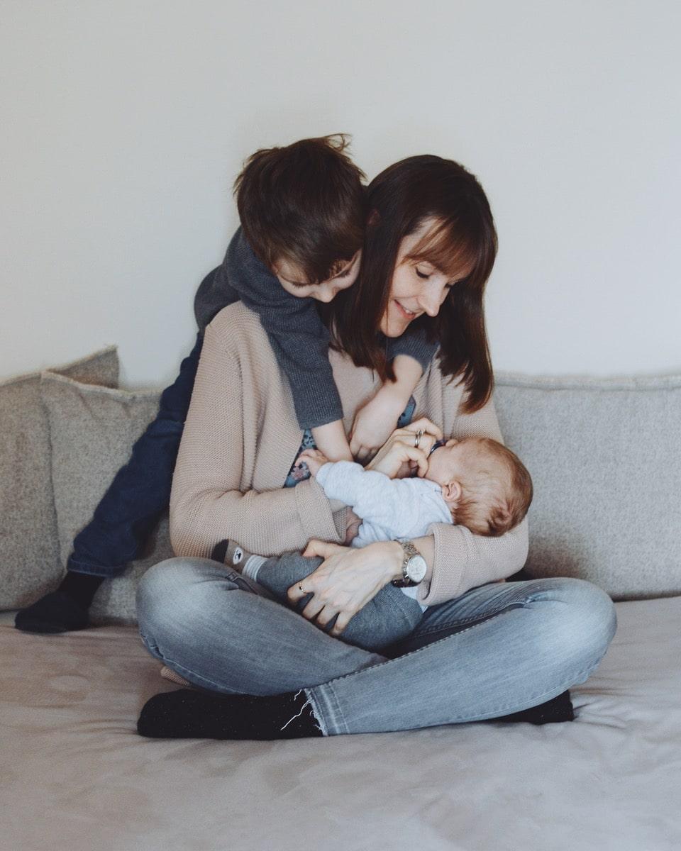 Eva mit ihren Söhnen Jonathan und Lucas