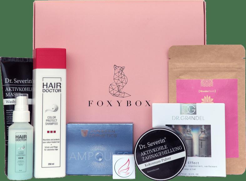 Auf www.myfoxybox.de lassen sich einzelne Boxen oder direkt ein Abonnement bestellen: So kommt jeden Monat eine neue Überraschungsbox mit schönen Kosmetik- und Gesundheitsprodukten zur jungen Mama nach Hause.